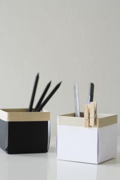 DIY: little paper desk boxes (Tutorial: http://fellowfellow.com/diy-berry-boxes/)