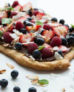 Nutella Berry Pizza #memorialday #dessert