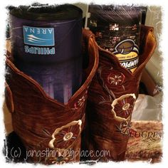 JanasThinkingPlace has boots to giveaway. You could win! Enter by 11/19