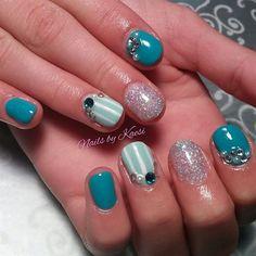 Teal and Pearl by nailsbykaesi - Nail Art Gallery nailartgallery.nailsmag.com by Nails Magazine www.nailsmag.com #nailart #gelpolish #swarovski #nails #nailpro #nailsmag #glitternails #nailbykaesi #caldwell #idaho