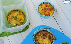 Crustless broccoli and cheddar quiche muffins are great for school lunch!