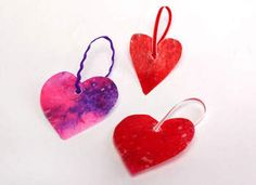 Stained Glass Heart. Another cute Valentine craft.