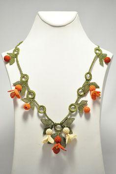 Silk Needle Lace (Turkish oya) Neclace With Orange Flowers