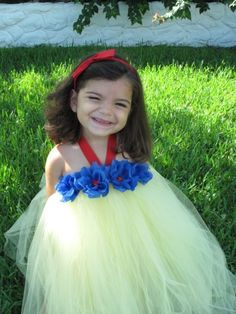 Snow White Tutu Costume--this would be a lot easier than sewing sleeves, a bodice, skirt...