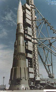 The Star Rocket via  http-//englishrussia.com/2014/01/07/tsar-rocket