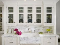 Classic built in hutch with marble sink