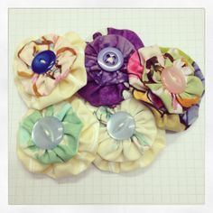 Fabric yo-yo brooches