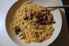 Spaghetti with Mushrooms by Jamie Oliver  Soooo tasty!