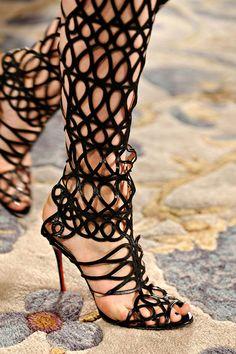 gold boot, sex kitten, rock, marchesa fall, marchesa dress, christian louboutin, shoe, boots