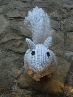 Ravelry: Knit One, Squirrel Two pattern by Sara Elizabeth Kellner