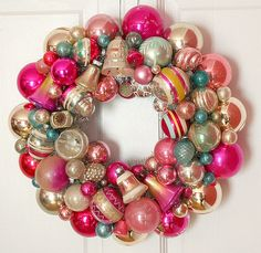 holiday, christmas wreaths, pink christmas, christmas colors, antiqu ornament