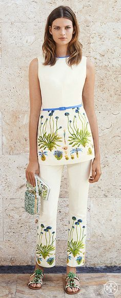 Commit to one print: Wear a top and a pant with the same botanical trim | Tory Burch Summer 2014