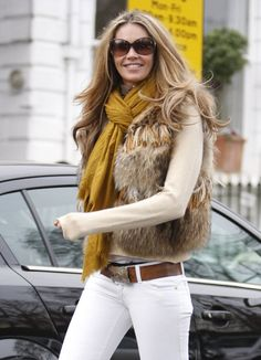 mustard-colored scarf to an everyday outfit, looks great!