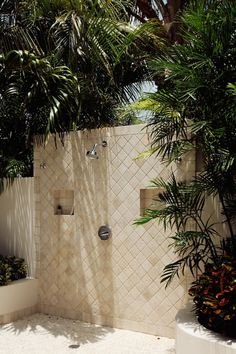 outdoor shower | tuula