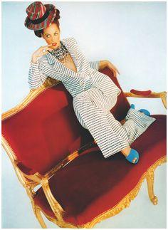 Christy Turlington – Vogue UK 1992 – Ph Javier Vallhonrat