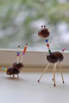 lilla a: Kastanje-djur med pärlor