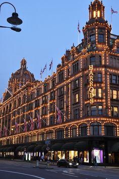 Harrods~ my favorite department store!