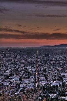 love this photo of Los Angeles much more realistic