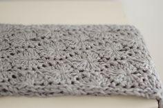 people webs: pattern: chunky circle scarf