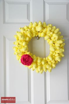 DIY Peeps Wreath With Rolled Rosette for #Easter