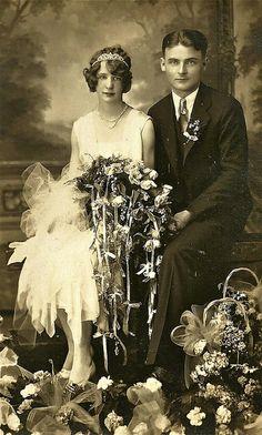 so 1920s wedding photo