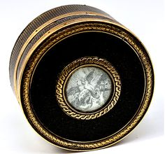 Fine 1700s Antique French Patch Box, 18k Gold Trim and Grisaille Painting of Doves