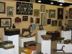 Heart of Country Nashville Antiques Show  - Sure to have some great primitive folk art
