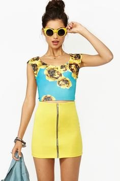 Retro Floral Crop Top.  I really want this, the whole outfit is cute though...
