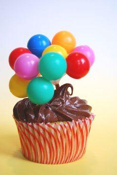 circus cupcakes | circus cupcakes | Flickr - Photo Sharing!  #socialcircus