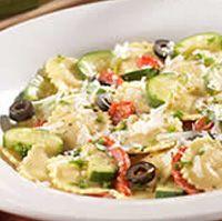 Olive Garden Cheese ravioli with veggies