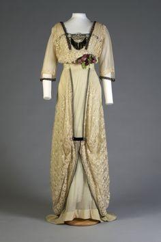 1912 dress, via Kent State.