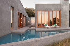 photo: edmund barr   California Home + Design