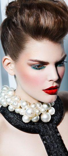 Stunning make up