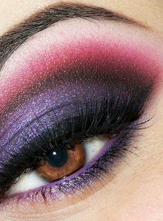 Dramatic #red #purple #eye #makeup #smoky