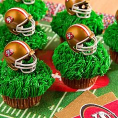 Make the play for dessert! Click the image for our super-easy football cupcakes recipe! football party foods, football helmets, chocolate cupcakes, super bowl foods, cupcake recipes, party cupcakes, dessert ideas, football parties, ideas party