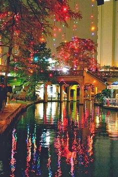 The Riverwalk is such a romantic festive place. Riverwalk, San Antonio, Texas