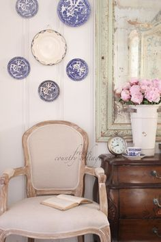 FRENCH COUNTRY COTTAGE: A little French Country