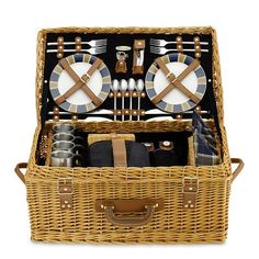 summer picnic, gear, wicker picnic, williams sonoma, williamssonoma, shoe, west elm, picnic baskets, christmas gifts