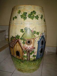 painted barrels ideas, birdhous, paint ideas, painted pots, barrel art, rain barrel, paint barrel, bird hous