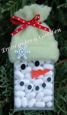 Snowman Tic Tacs  Cute little idea