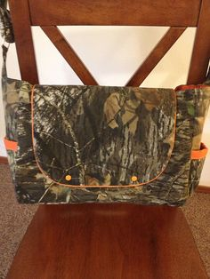 Camo diaper bag (: so cute