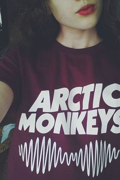 Arctic Monkeys T-Shirt Really want!!!!<<< me too my favorite song is do I wanna know