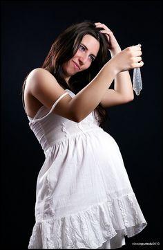 25 Super Awkward Pregnancy Photos