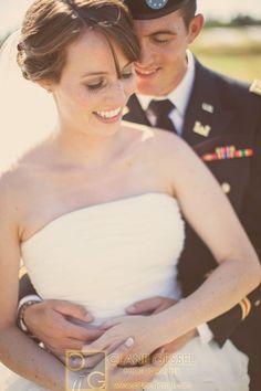 Simply in love | Washington Wedding | Clane Gessel Photography #Wedding #Photography #Pose