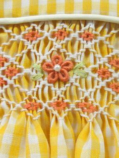 happy colors, heirloom sew, happi color, vestido amarillo