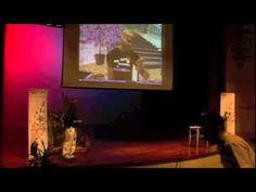 """Exposé """"TEDxBKK"""" de  Chris Smith sur les mondes 3D"""