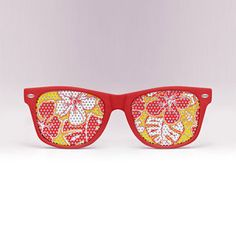 cool sunglasses with a pattern over the lens! #Stylish #Sunglasses