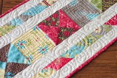 Gorgeous quilting on this Summer House table runner!