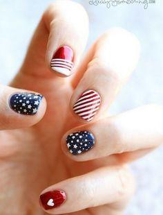 american flag fingernails <3