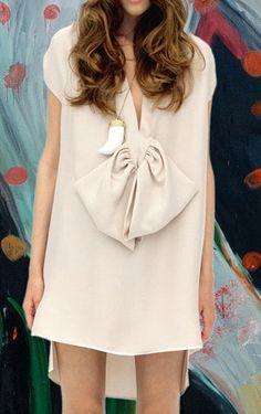 #SheInside Beige Deep V-neck Short Sleeve Bow High Low Split Side Dress